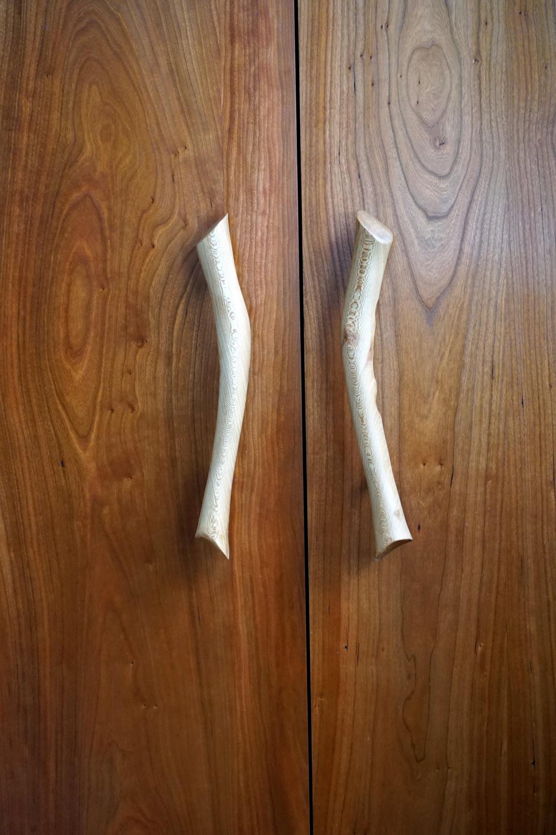 m-cabinet-handles-sycamore