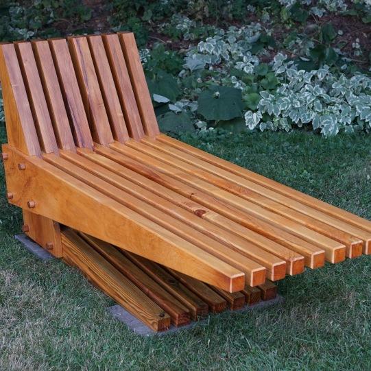 s-bench